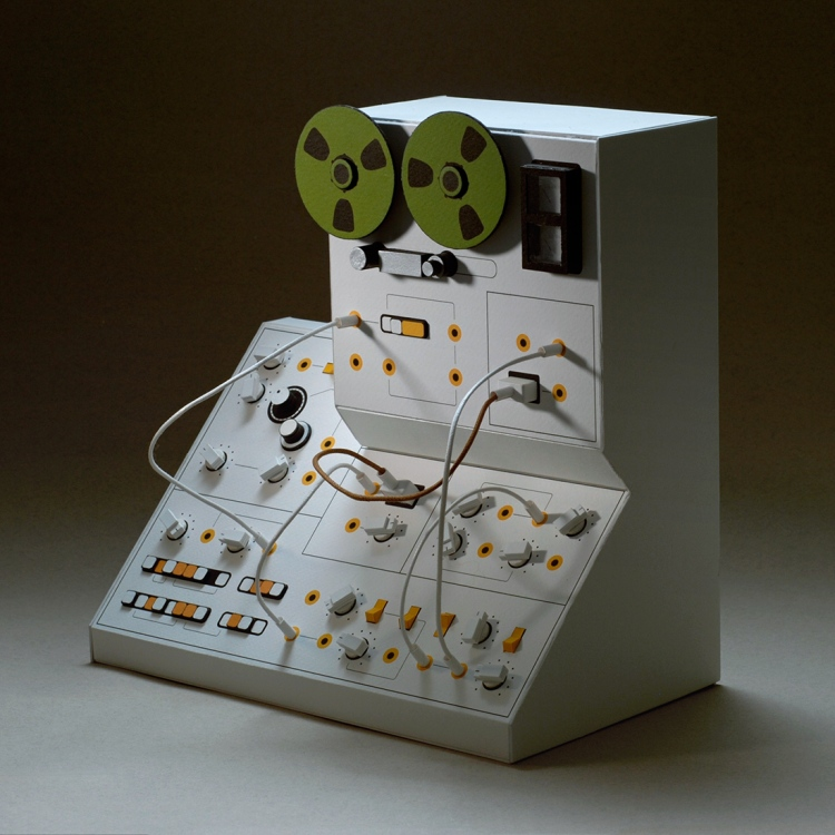 http://www.danmcpharlin.net/Analogue-Miniature-3